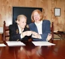 Nancy Green (left) and agent, Dee Hayes (Left)
