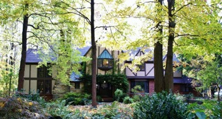 Wooded Luxury Homes in Cleveland Ohio