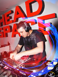 Head Space Stores - Dan Stoves