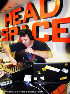 Head Space Stores - DJ Feind