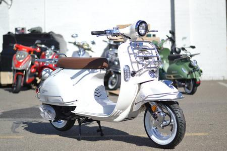 BMS Chelsea 150cc Gas Scooter Moped Sale-Fully Assembled - FREE SHIPPING