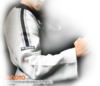 MOOTO Pride Taekwondo Uniform