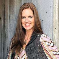 Tracy McCarty - Adults only -- Generation Lonely: Ministering to Teens in a High-Tech, Low-Touch World
