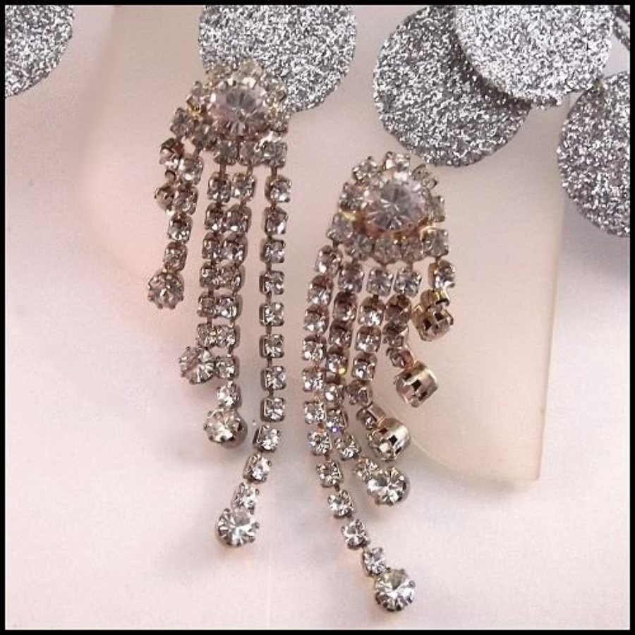 alternative earrings views drops stone and drop chrysanthemum mixed by htm rhinestone p