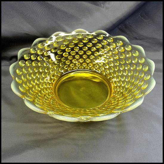 Fenton Opalescent Glass Bowl Yellow Topaz