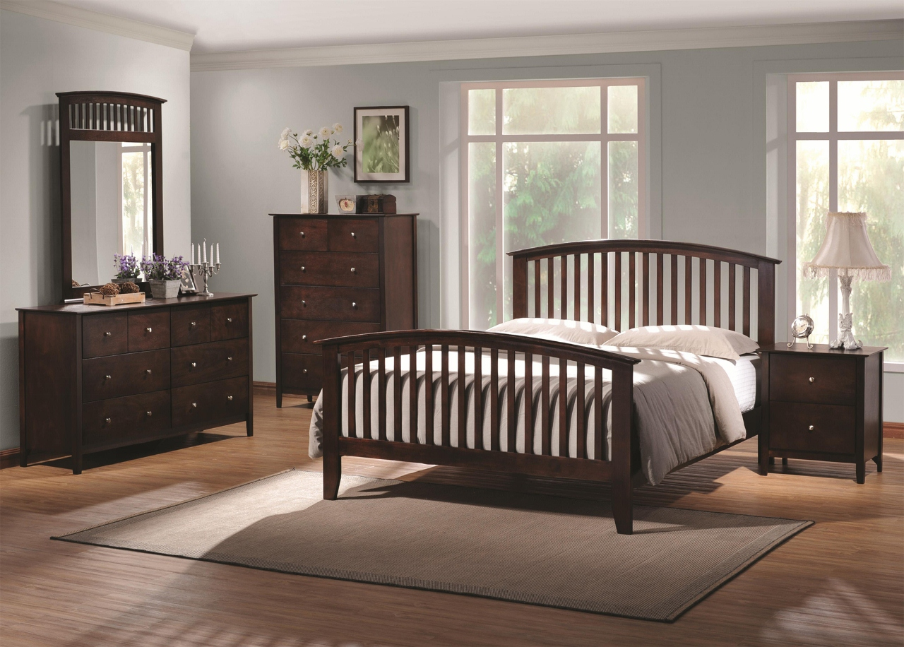Tia Traditional Mission Style Arched Queen Bed