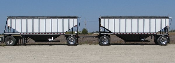 bourbon trucking and trailers  bourbon trailers  pup