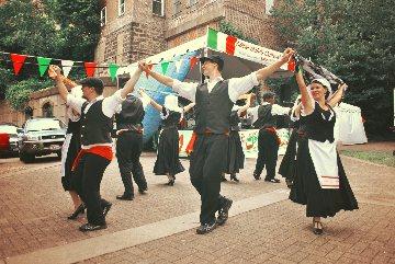 La Danza - Bridging Time Through Dance