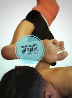 Ashiatsu barefeet massage