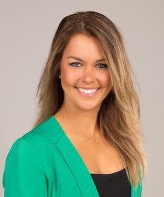 Lauren Doering, Agent