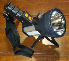 What is the top best spot light for frog gigging hunting?
